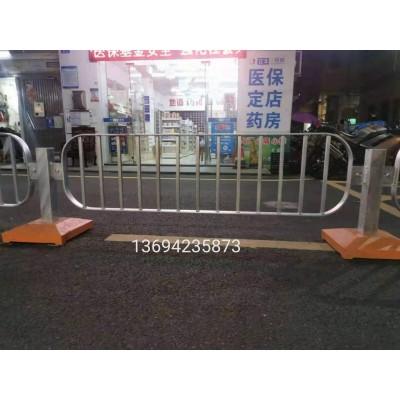 东莞机非隔离护栏 市政交通道路安全防护栏 价格港式路中隔离栏